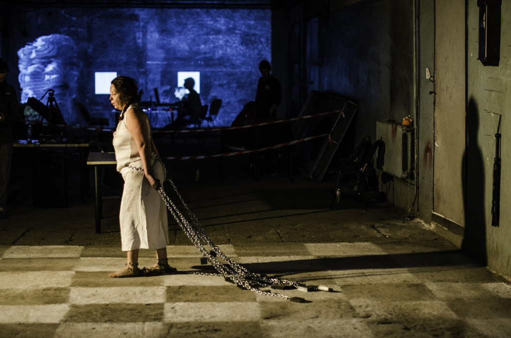 "Thalia Zachariadou (GR) – ""Eternal Return"" – installation + 8h. performance / Photo by Joro Aranjoro"